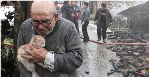 Ein Feuer nahm ihm alles, außer seinem Kätzchen